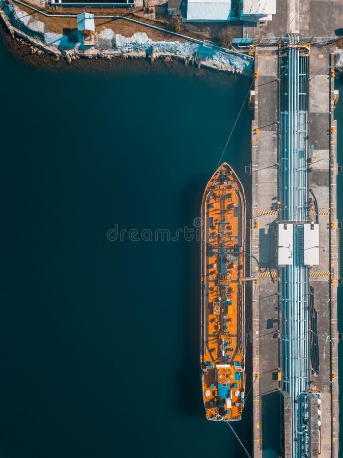 Visualizzazione del fuco di una nave nella porta immagine stock libera da diritti