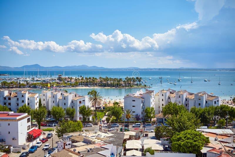 Visualizzazione generale della porta di Alcudia, Mallorca immagini stock