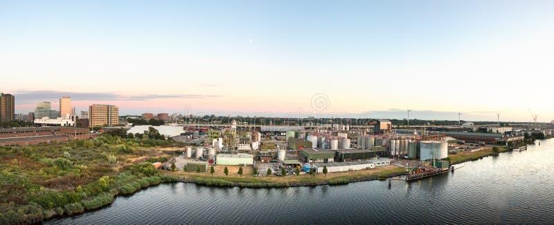 Visualizzazione panoramica della porta ad ovest - Westpoort di Amsterdam immagine stock libera da diritti