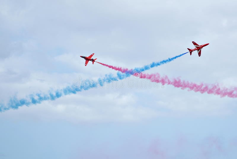Visualizzazione rossa delle frecce di Royal Air Force fotografia stock libera da diritti