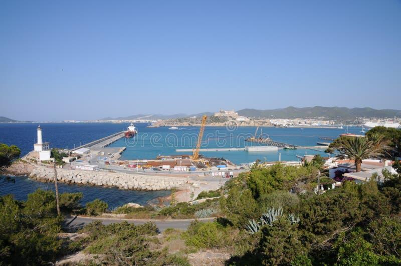 Vit fyr Es Botafoc i Ibiza Balearic Island Soain arkivbilder