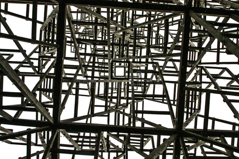 Vit fyrkant på bakgrunden av de kaotiska strukturerna arkivbild