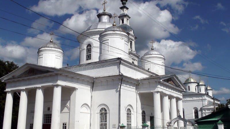 Vit stenkyrka av Ryssland royaltyfri bild