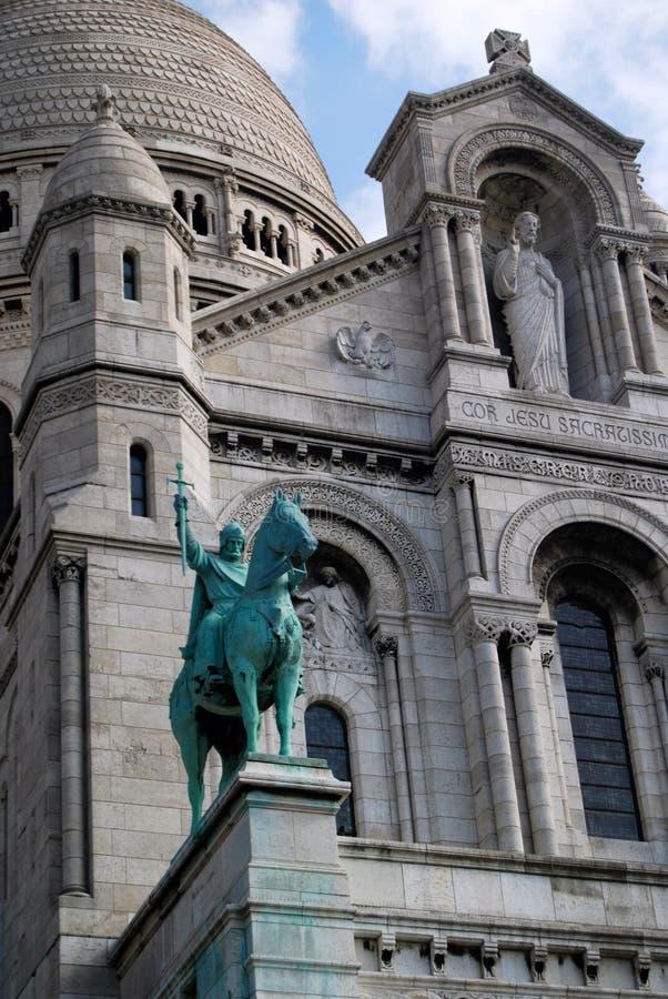 Vit stenSacre Coeur domkyrka av Paris arkivfoton