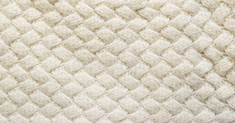 Vit stucken mattcloseup Textiltextur av den vita backgrouen royaltyfria foton