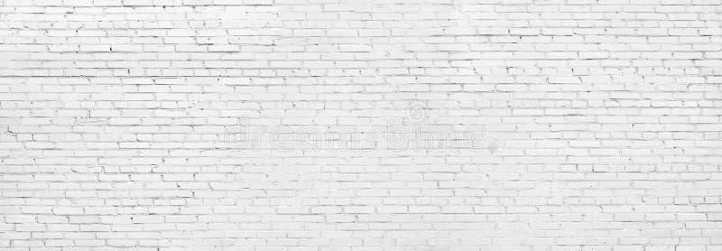 Vit tegelstenvägg för Grunge, kalkad murverkbakgrund arkivbild
