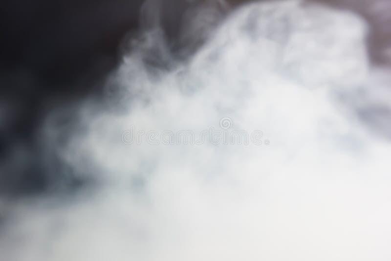 Vit tjock rök för bakgrund royaltyfri bild