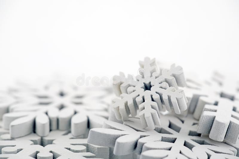vit vinter för bakgrundssnowflakes arkivfoton