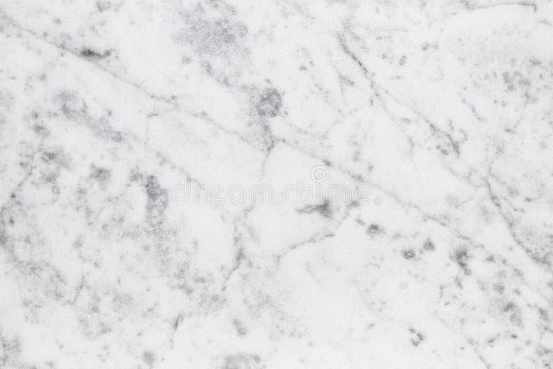Vit yttersida för naturligt ljus för Carrara marmor för badrum eller kitch royaltyfria bilder
