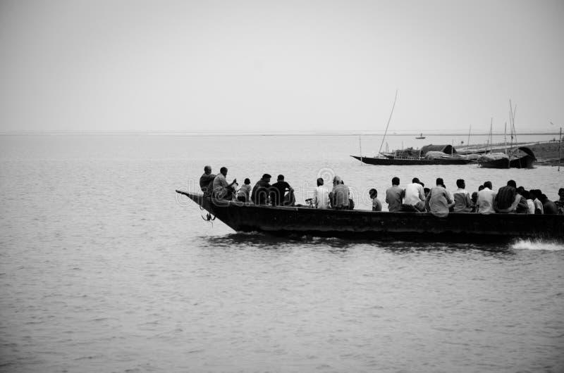 Vita al fiume fotografie stock libere da diritti