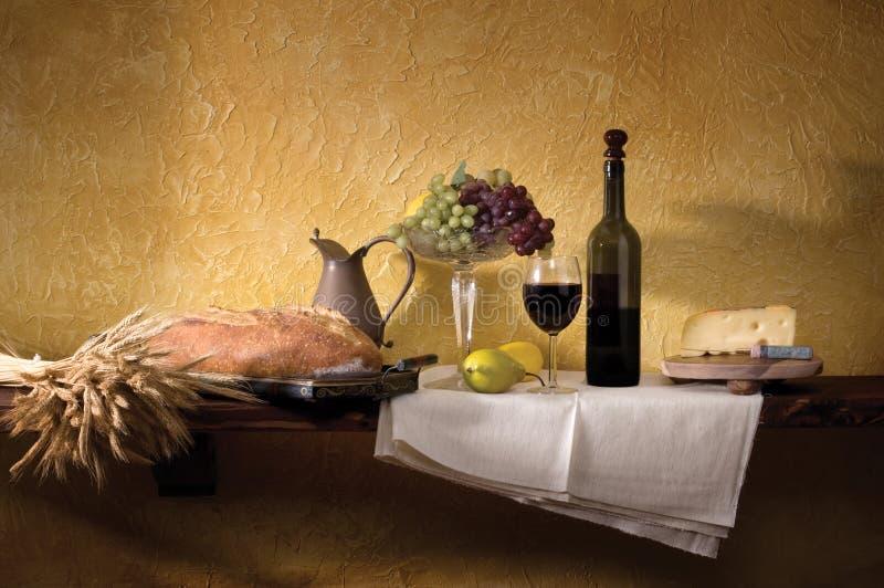 Vita del formaggio & del pane del vino ancora immagine stock