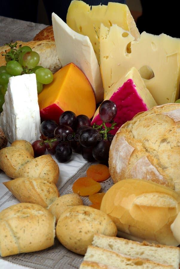 Vita del formaggio e del pane ancora fotografia stock libera da diritti