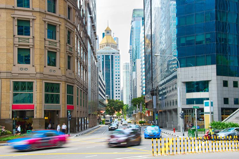 Vita di strada affollata del centro di Singapore fotografie stock libere da diritti