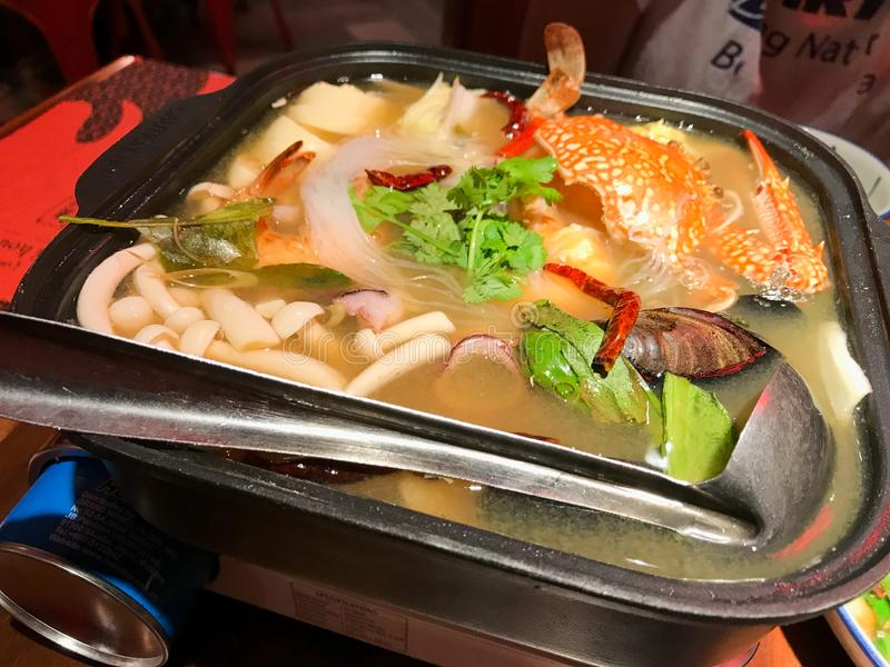 Vita havs- Tom Yum Thailand Cuisine arkivbild