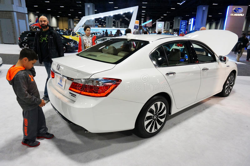 Vita Honda Accord royaltyfria bilder