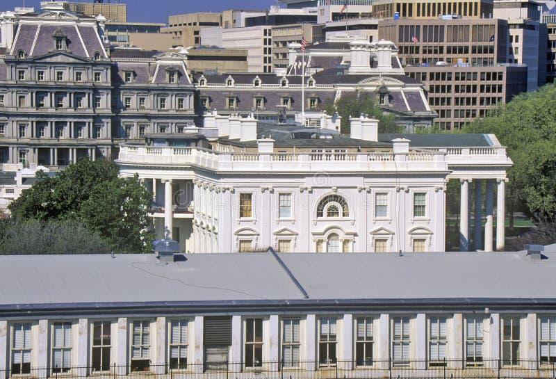 Vita Huset en sikt av privata fjärdedelar, Washington, DC royaltyfria bilder