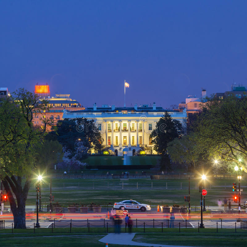 Vita Huset på natten - Washington DC arkivbild