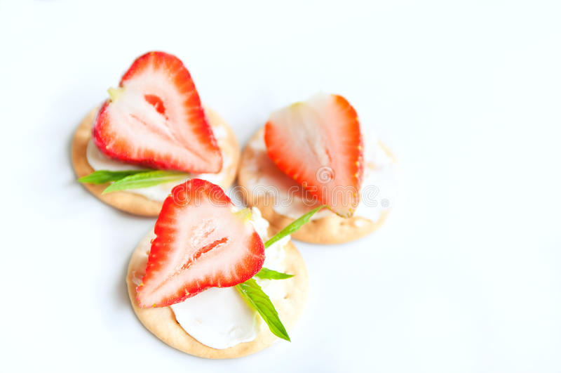 vita jordgubbar arkivfoto