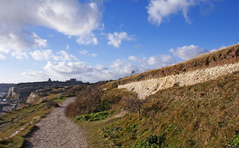 Vita klippor av Dover vid havet royaltyfri fotografi