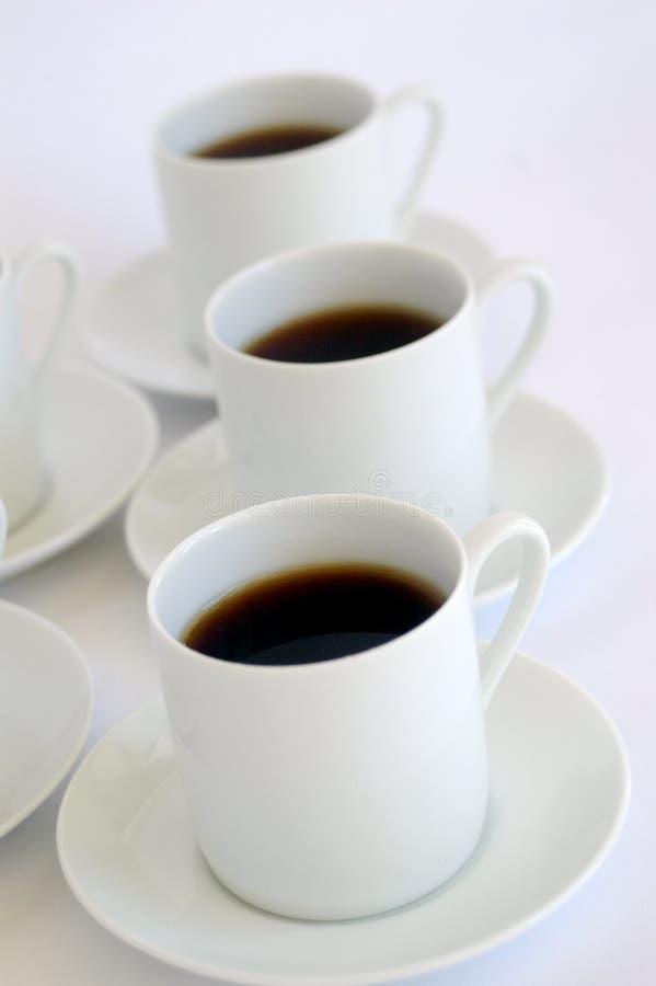 vita koppar för svart kaffe royaltyfri foto