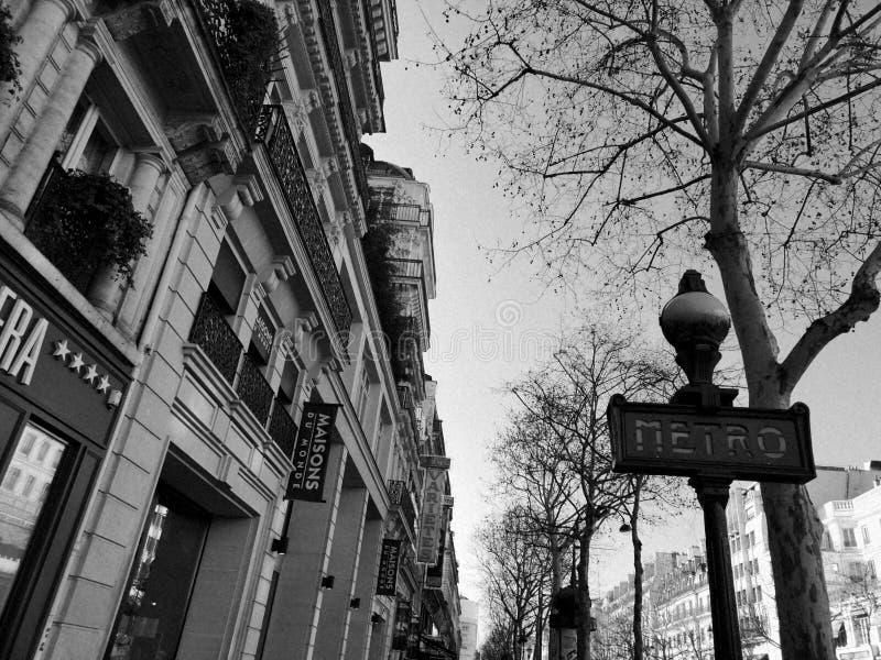 Vita a Parigi, Francia Foto in bianco e nero immagine stock libera da diritti