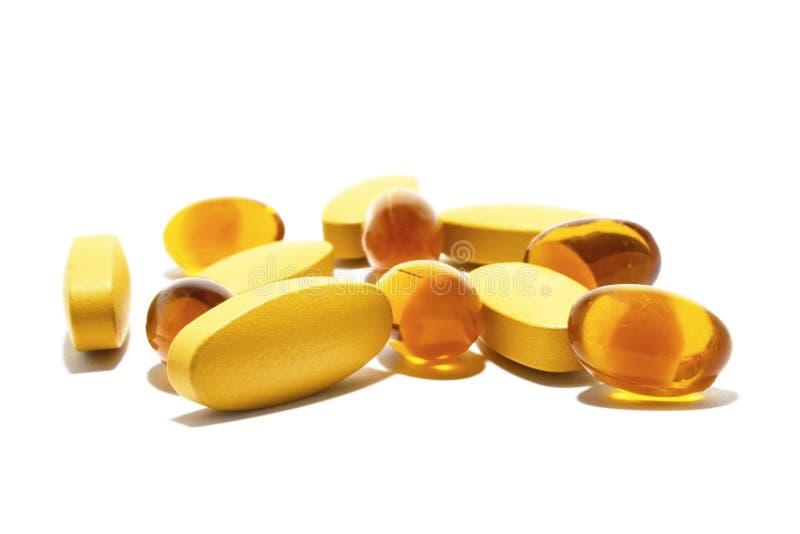 Vitamin- und Fisch?l lizenzfreie stockfotografie