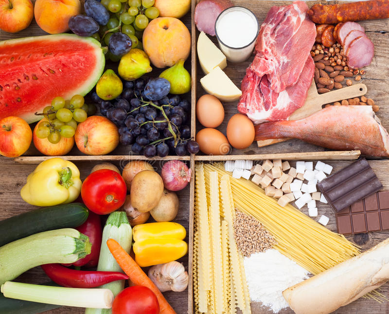 Vitaminas, proteínas, açúcar e hidratos de carbono fotografia de stock royalty free