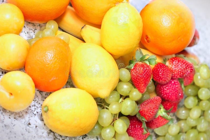 Download Vitamine fotografia stock. Immagine di isolato, mangi - 3134372