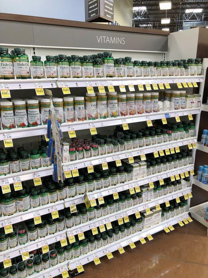 Vitamine e supplementi immagine stock libera da diritti