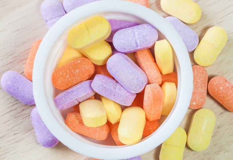Vitaminpillen stockfotos