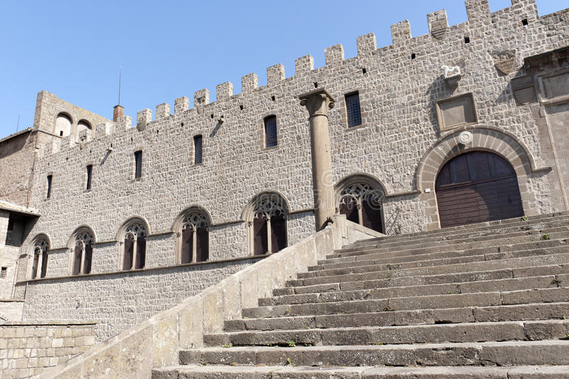 Viterbo, Palast der Päpste lizenzfreie stockbilder