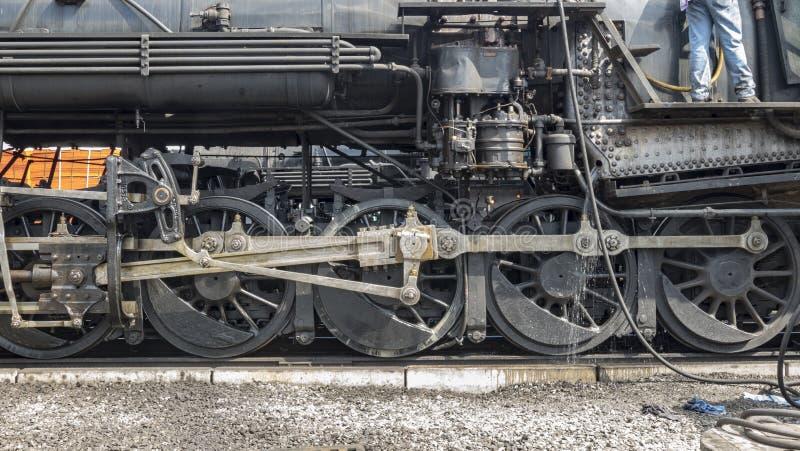 Vitesse d'entraînement de train de vapeur photographie stock libre de droits