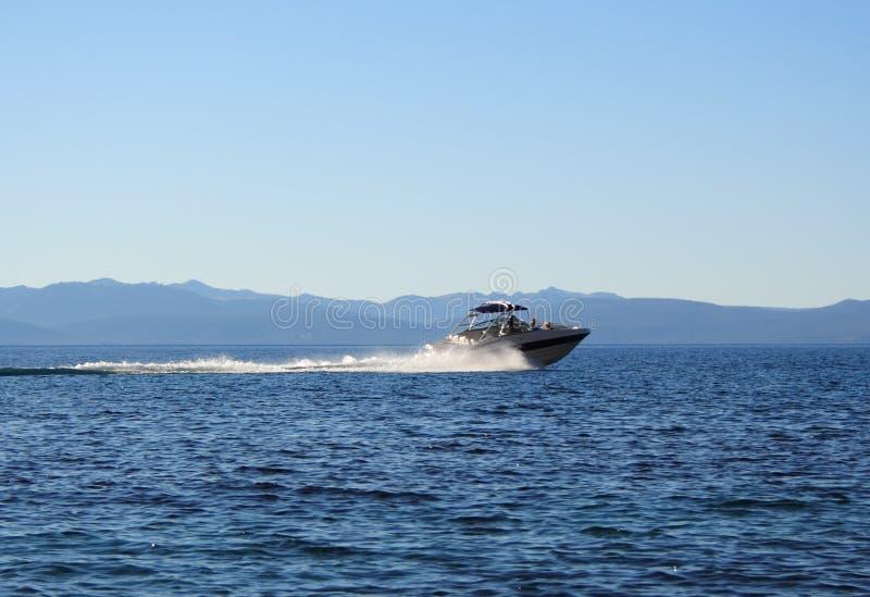 vitesse de bateau image libre de droits