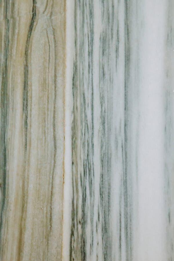 Vitgräsplanmarmor Naturlig marmorstentextur och yttersidabakgrund arkivbilder
