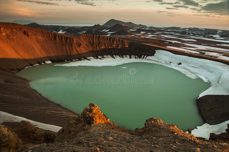 Viti krater, Krafla vulkan fotografering för bildbyråer