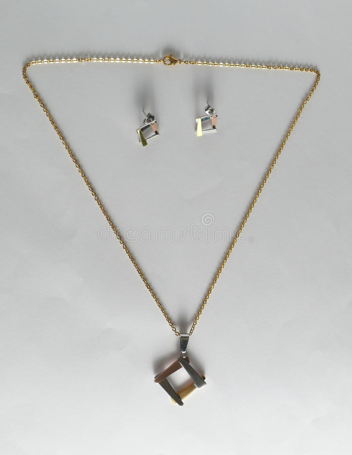 Viticci della collana di Earings fotografie stock libere da diritti