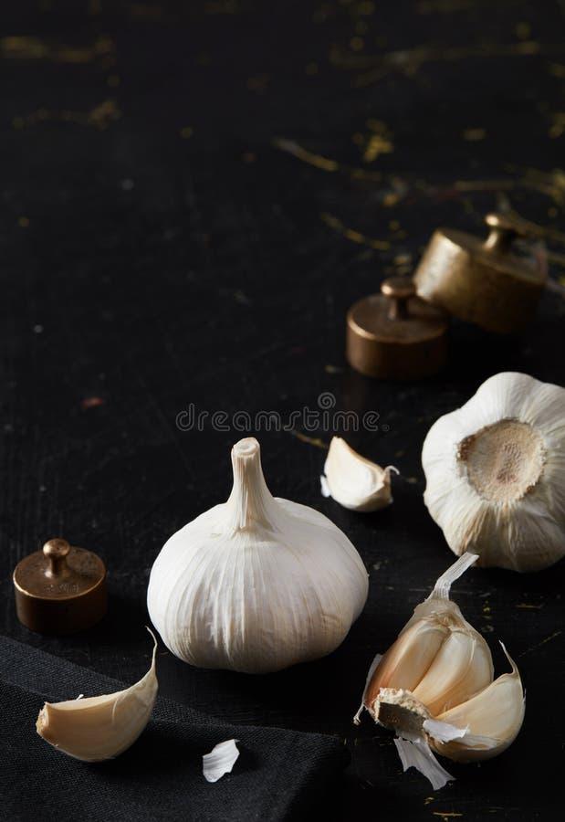 Vitlök och kryddnejlika arkivbild
