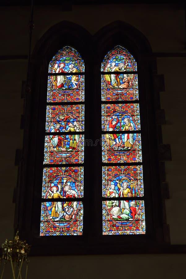 Vitral en el santo Walburga de la iglesia fotografía de archivo