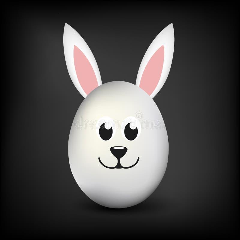 Vitt enkelt ägg med kaninöron och den lyckliga lyckliga framsidan på svart bakgrund royaltyfri illustrationer