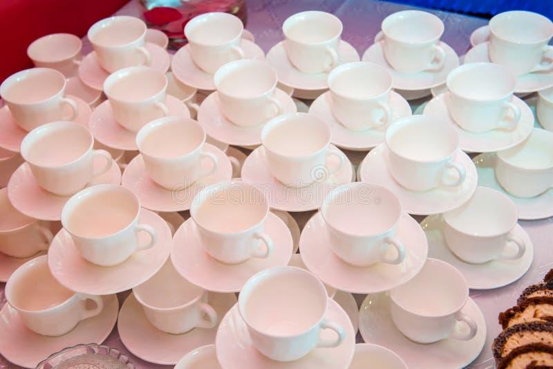 Vitt kopp kaffe eller te arkivbilder