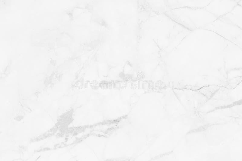 Vitt skrapat naturligt för marmortexturbakgrund royaltyfria bilder