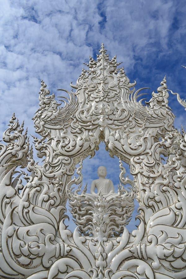 Vitt tempel, watrongkhun, Chiang Rai royaltyfri bild