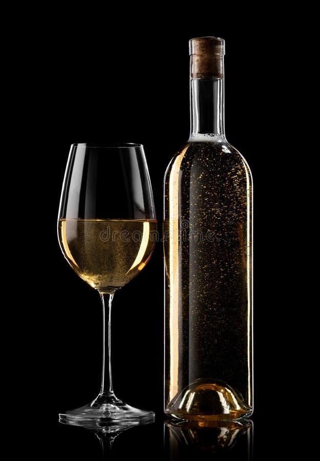 Vitt vin på svart arkivbilder
