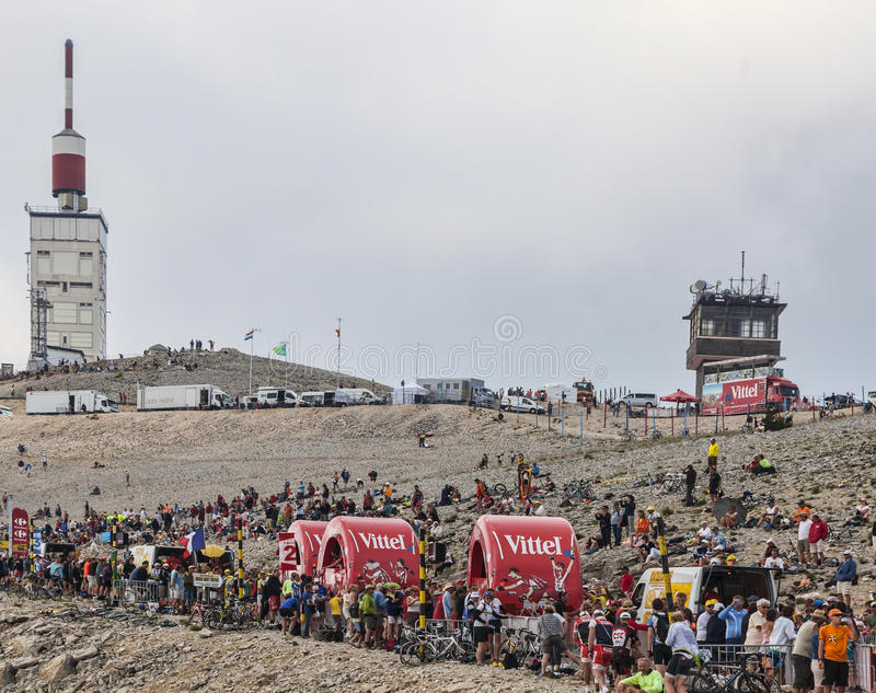 Download Vittel Vehicles On Mont Ventoux Editorial Stock Image - Image: 34609999