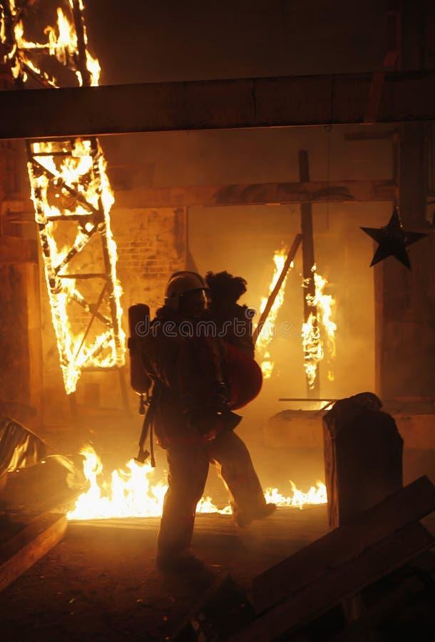 vittima del vigile del fuoco di incidente immagine stock libera da diritti