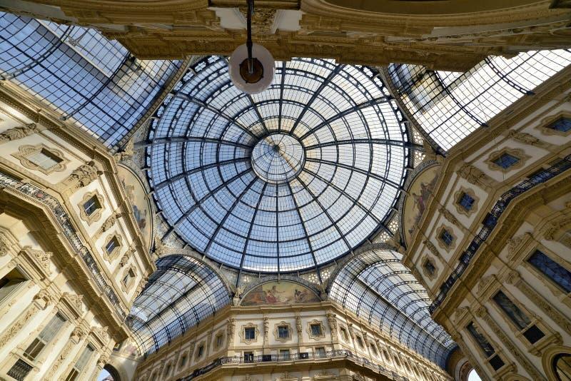 vittorio του Μιλάνου galleria του Emanuele στοκ φωτογραφίες