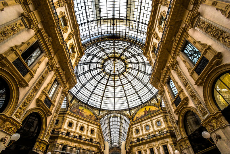 Vittorio Emanuele Galerie in Mailand stockbilder