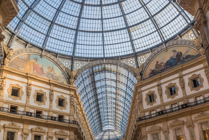 Vittorio Emanuele Galerie von Mailand stockfotos