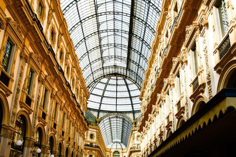 Vittorio Emanuele II galleri Milan Italien royaltyfri fotografi