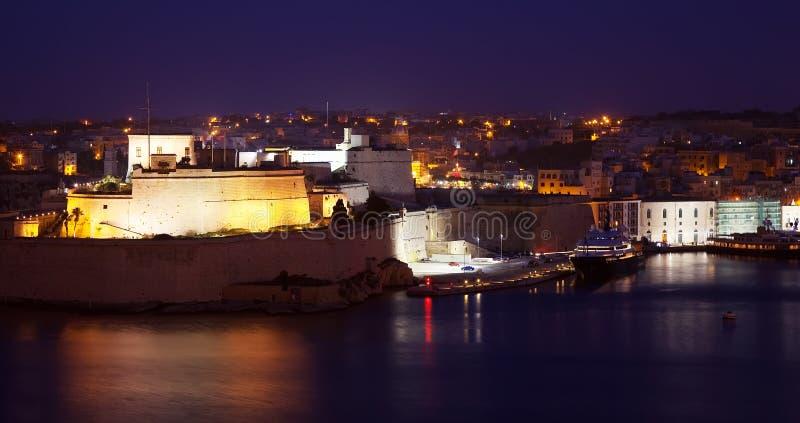 Vittoriosa in der Nacht. Malta lizenzfreies stockfoto